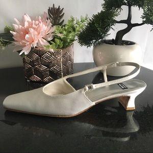 Stuart Weitzman Women's Ankle Slingback Spool Heels
